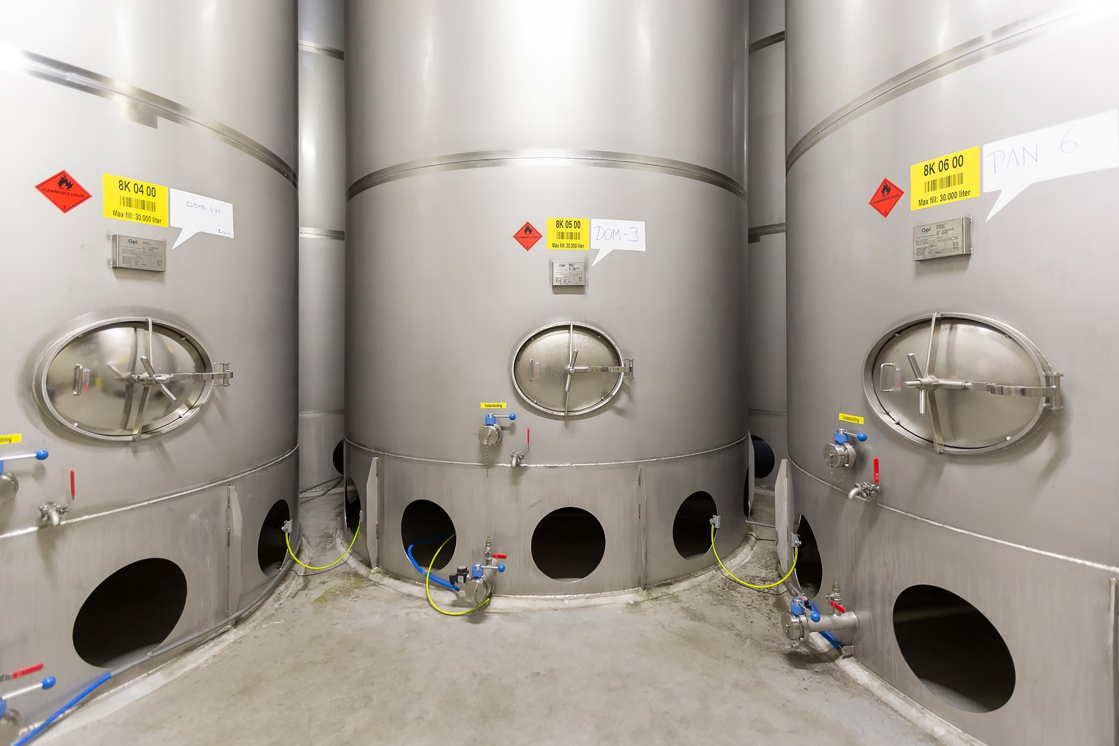 Stainless steel tanks for E&A Scheer4